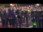 صوت الإمارات - بالفيديو لحظة لقاء الرئيس الفلسطيني مع نظيره اللبناني