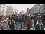 صوت الإمارات - بالفيديو  مظاهرة في نانت الفرنسية احتجاجًا على زيارة مارين لوبن