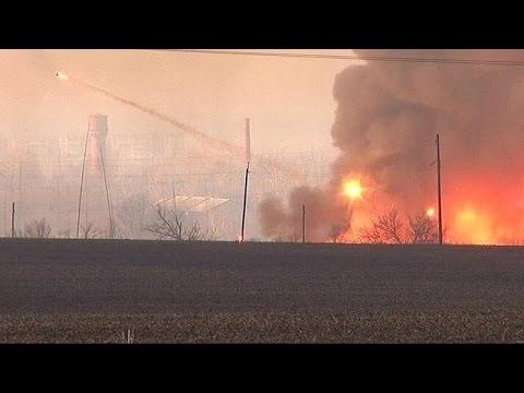 صوت الإمارات - شاهد انفجار مستودع للأسلحة في كييف