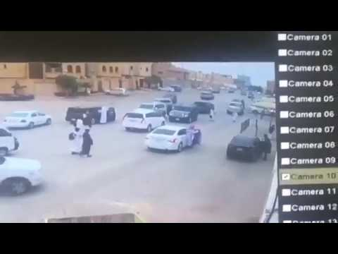 صوت الإمارات - شاهد لحظة دهس طالب أثناء خروجه من المدرسة