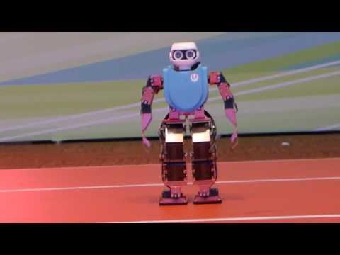 صوت الإمارات - روبوت يستعرض مهارته في الرقص في هونغ كونغ