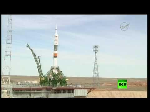 صوت الإمارات - شاهد لحظة إطلاق صاروخ سويوز الناقل من بايكونور لمحطة الفضاء الدولية