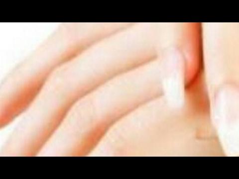 صوت الإمارات - شاهد وصفة سحرية لتقشير وتبييض اليد