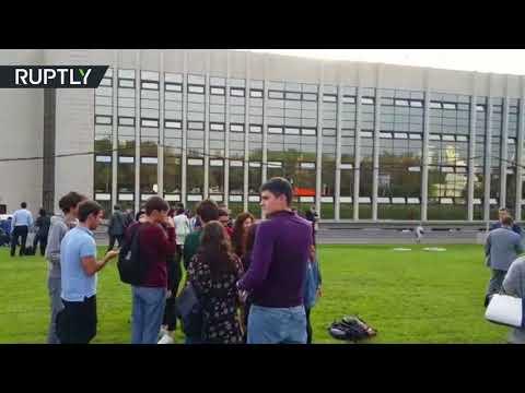 صوت الإمارات - شاهد إجلاء طلاب معهد العلاقات الدولية في موسكو