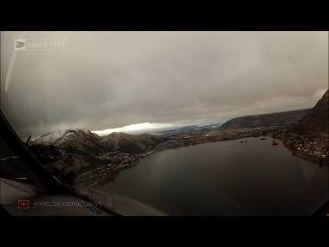 صوت الإمارات - شاهد طيار يصور لحظة هبوط طائرة وسط الغيوم