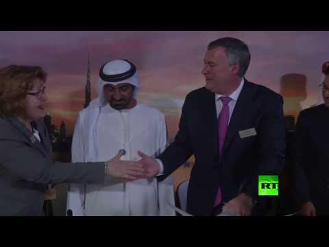 شاهد الإمارات تشتري طائرات بوينغ بـ 15 مليار دولار