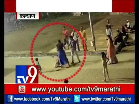 شاهد خناقة بين سيدتين داخل أحد المعابد في الهند