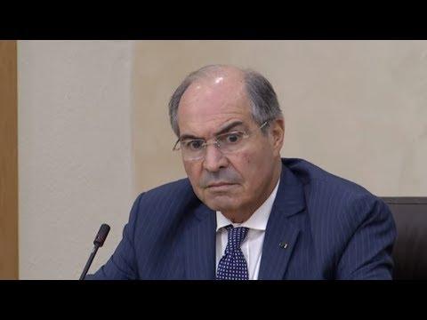 شاهد رئيس الحكومة الأردنية يرفض سحب مشروع رفع الضرائب