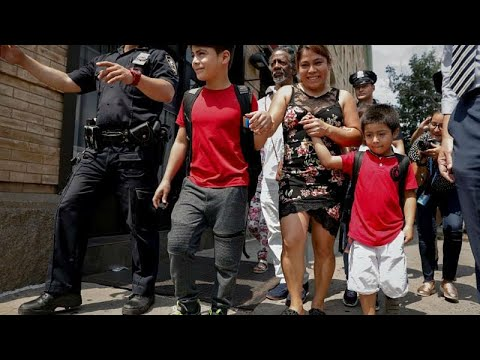 الحكومة الأميركية تمول لم شمل المهاجرين مع أبنائهم