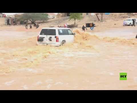 شاهد فيضانات عارمة إثر عاصفة جاتي في شمال الصومال