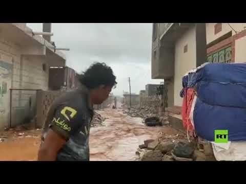 شاهد إعصار جاتي يضرب جزيرة سقطرى اليمنية قدامًا من الصومال