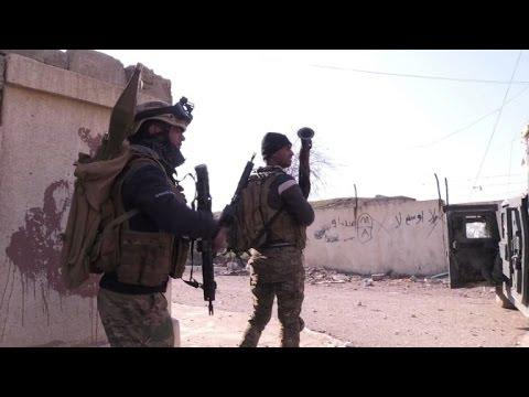 صوت الإمارات - شاهد القوات العراقية تتقدم بشكل سريع جنوب شرق الموصل