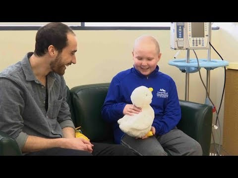 robot duck's aim helps kids with cancer via power of play