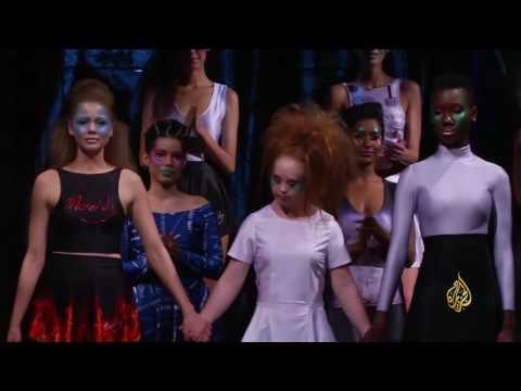صوت الإمارات - بالفيديو  مصابة بـمتلازمة داون تنظم عرض أزياء في نيويورك