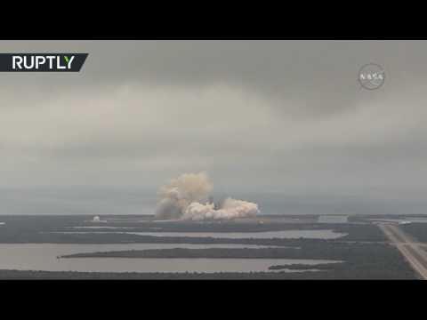 صوت الإمارات - بالفيديو لحظة إطلاق صاروخ فلاكون 9 من قاعدة كانافيرال