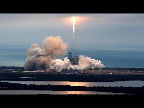 صوت الإمارات - شاهد الصاروخ فالكون تسعة يؤدي مهمته بنجاح ويعود إلى كيْب كانافيرال