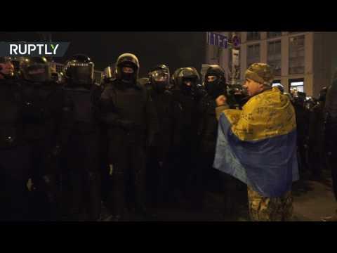 صوت الإمارات - شاهد الشرطة في مرمى النيران من جديد في أوكرانيا