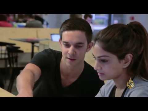 صوت الإمارات - بالفيديو دروس لطلاب الثانوية العامة في بريطانيا في الأمن الإلكتروني