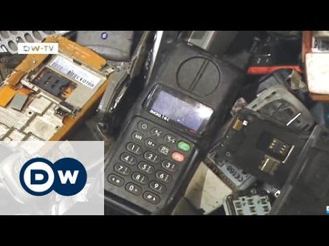 صوت الإمارات - شاهد إعادة تدوير التليفونات القديمة في ألمانيا