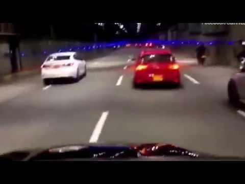 صوت الإمارات - شاهد شاب يُحطّم سيارة هدية بعد حصوله عليها بوقت قصير