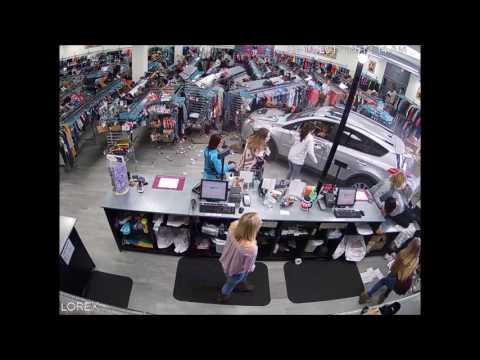 صوت الإمارات - بالفيديو طفل ينجو من الانشطار بمعجزة