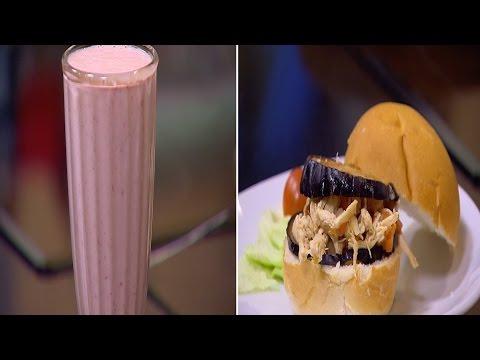 صوت الإمارات - شاهد طريقة إعداد مقلوبة سندوتش وسموؤي الفراولة باللوز