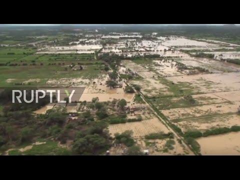 صوت الإمارات - شاهد لقطات مروّعة من فيضانات بيرو