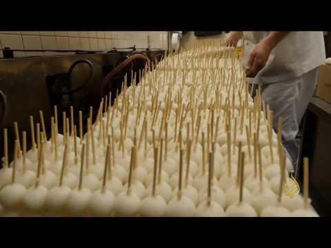 صوت الإمارات - شاهد حلوى الدانغو أقدم حلويات اليابانيين