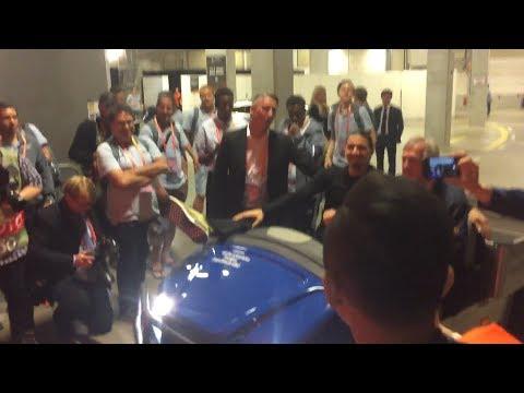 شاهد إبراهيموفيتش يُساند اليونايتد في نهائي اليوروباليج