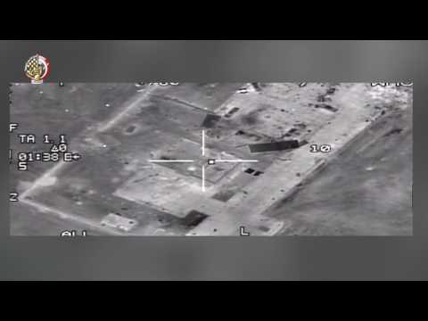 صوت الإمارات - شاهد  القوات الجوية المصرية تقصف عددًا من مواقع المتطرفين في ليبيا
