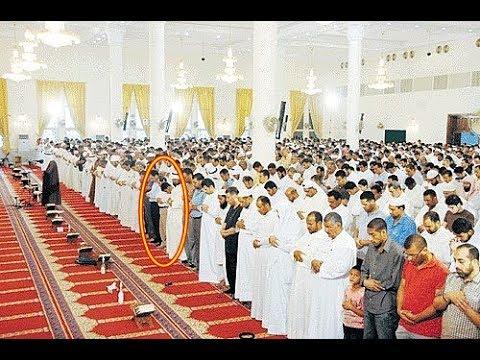 صوت الإمارات - شاهد سقوط أحد المصلّين في المسجد أثناء قراءة القرآن