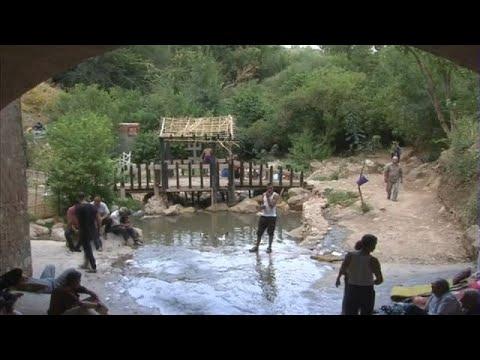 صوت الإمارات - شاهد بحيرة ثامدا أوسيرغي بتيزي وزو مياه باردة ومناظر طبيعية خلابة