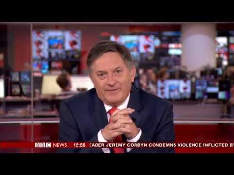 صوت الإمارات - شاهد رد فعل مذيع bbc لحظة قراءة خبر لا يعجبه