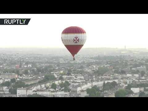 صوت الإمارات - بالفيديو مشاهد رائعة من مهرجان البالونات في بريطانيا