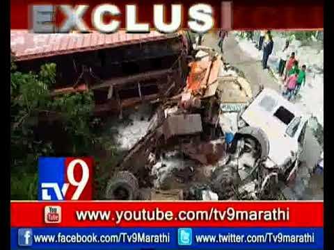 صوت الإمارات - حادث عنيف على طريق مومباي يتسبب في انهيار جسر حاويات