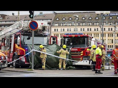 صوت الإمارات - شاهد مقتل شخصين وجرح ستة آخرين في عملية طعن في مدينة توركو الفنلندية