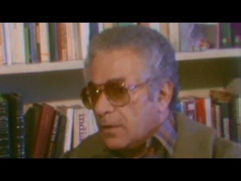 صوت الإمارات - شاهد لقاء نادر للكاتب الراحل أنيس منصور