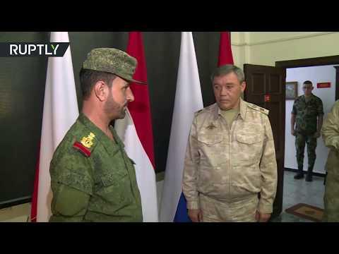 صوت الإمارات - شاهد تكريم العميد في الجيش السوري سهيل الحسن