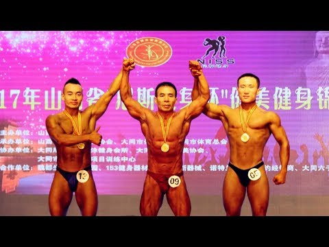 صوت الإمارات - بالفيديو صيني يفوز بالميدالية الذهبية لكمال الأجسام في عمر الـ57