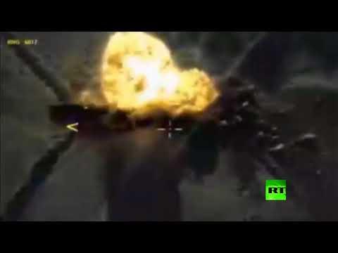 صوت الإمارات - شاهد القوات الجوية الروسية تدمر قافلة لتنظيم داعش