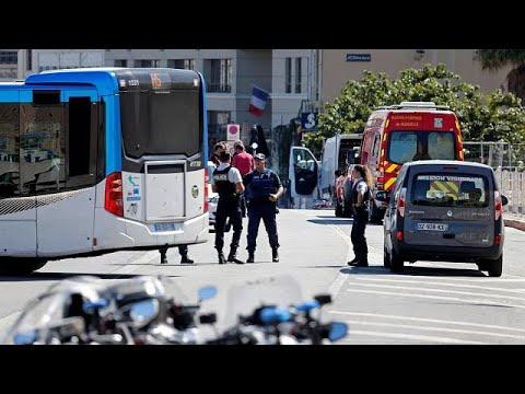 صوت الإمارات - شاهد مقتل شخص واصابة آخر في حادث دهس في مدينة مرسيليا الفرنسية