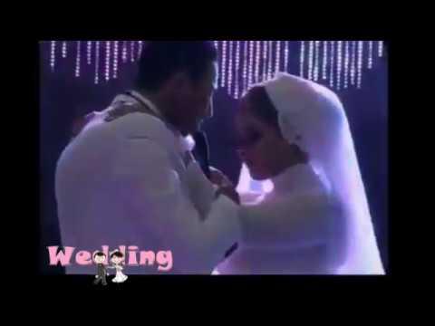 صوت الإمارات - عريس يفاجئ عروسه بأداء رائع لأغنية من تأليفه