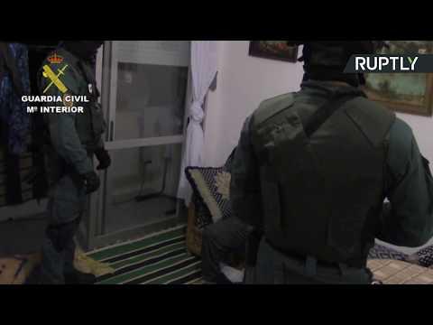 صوت الإمارات - شاهد احتجاز مشتبه به آخر في تنفيذ هجوم برشلونة