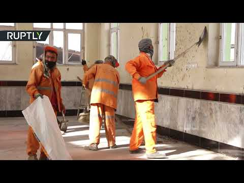 صوت الإمارات - شاهد هجوم انتحاري يستهدف مسجد الإمام زمان الشيعي في كابل
