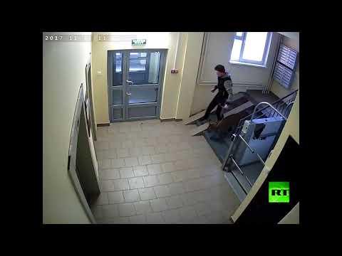 شاهد رجل روسي يختار فهدا كحيوان منزلي