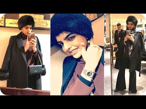 سارة الودعاني تتألّق في حجاب جديد