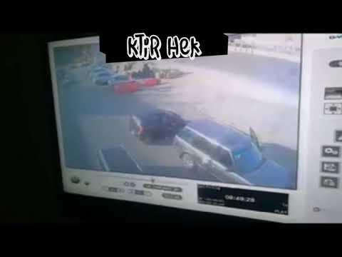 سرقة حقيبة سيدة أمام عينها من داخل سيارتها
