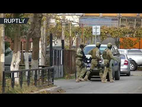 شاهد مقتل شرطي و3 مسلحين في عملية لمكافحة التطرّف في جورجيا