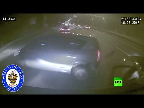 شاهد حادث مروع بعيون سائق نائم