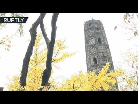 شاهد المعبد الصيني ينحني بمقدار أكبر من برج بيزا المائل